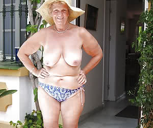 Sexy grannies in hats naked on beach