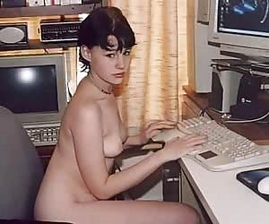 my naked gf using computer