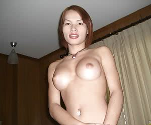 Wet oral service from t-girls