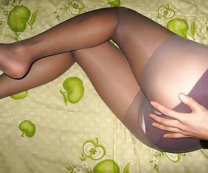 A sluts in pantyhose gallery