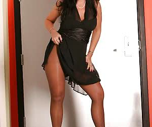 Brunette MILF strips off her dress