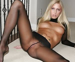Leggy blonde in back seamed pantyhose