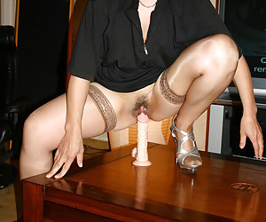 Sexy Mature In Stockings - Huge Archive! HQ Pics! Update Weekly!