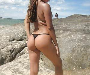 Amateur bikini and panty pictures taken on the last vacation