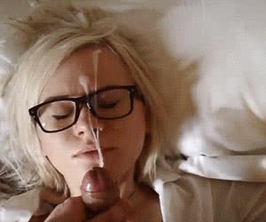 Category: glasses animated GIFs