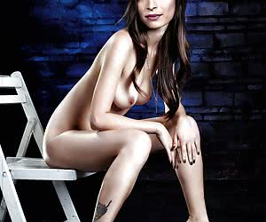 Related gallery: kristin-kreuk (click to enlarge)