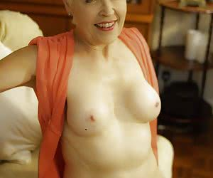LadySextasy-Red Dress Pictures