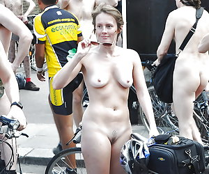 Hot Girls on Bicycles