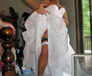 Amateur Brides Upskirt