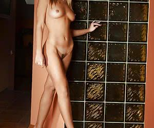 Even without posing naked Jessica Alba is very hot... but she does posing naked!