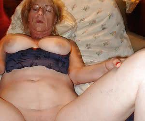 Category: chubby mature