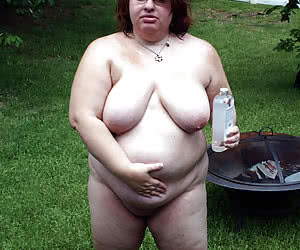 Busty mature ladies posing naked outdoors