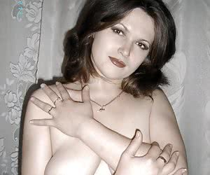 I like taking pics of this sex chubby chick on my digital camera.