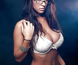 Sexy Girls Wearing Glasses