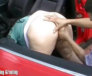 Watching fat amateur bitch getting fisted