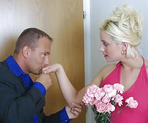 Lover's flowers melt housewife's heart