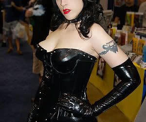 Latex Porn, latex sex, girls in latex, latex fetish