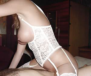 Homamade cutie in sexy Lingerie galery
