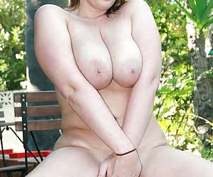 Chubby mature on high heels eating fat cock