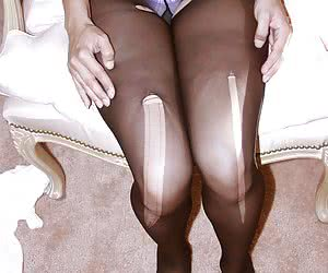 Ripped Pantyhose Fetish !