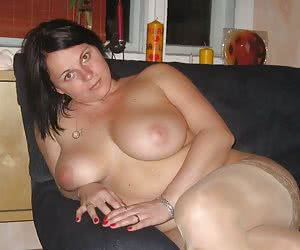 A curvy girl in stockings gall