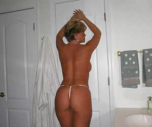 Amateur cams caught ordinary babes in their sexiest thongs