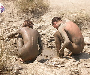 Spy cams caught babes naked and nasty on the beaches of the world
