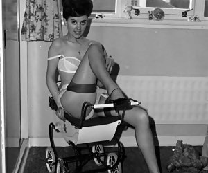 Hothead gals lose control while posing in vintage lingerie and old-fashioned clothes on camera