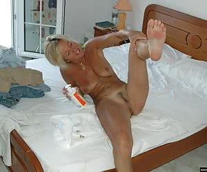 Photos of naked amateur wives