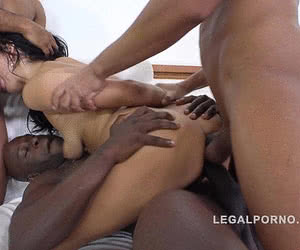 Related gallery: triple-penetration (click to enlarge)