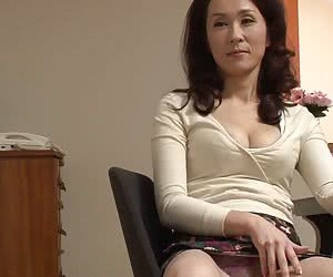 Category: japanese milf pics